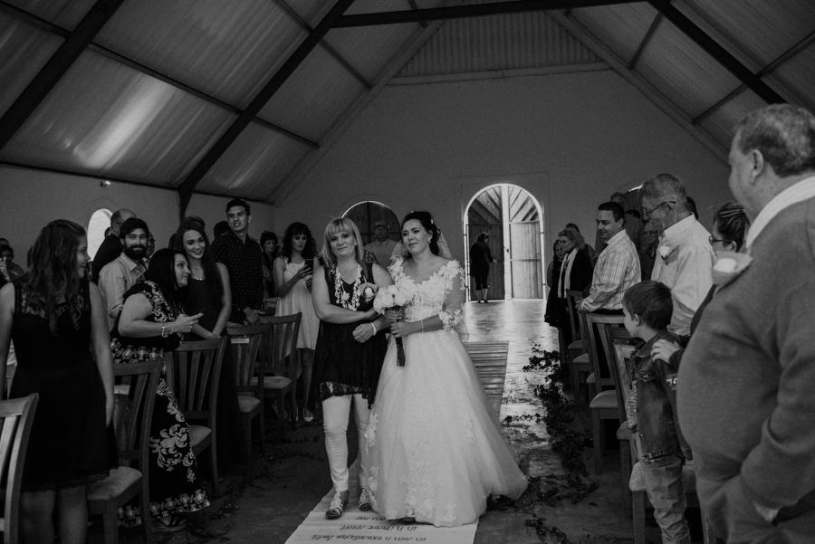 Kate Martens Photography_Carmen&Vernon,Cathederal Peak Wine Estate_0054