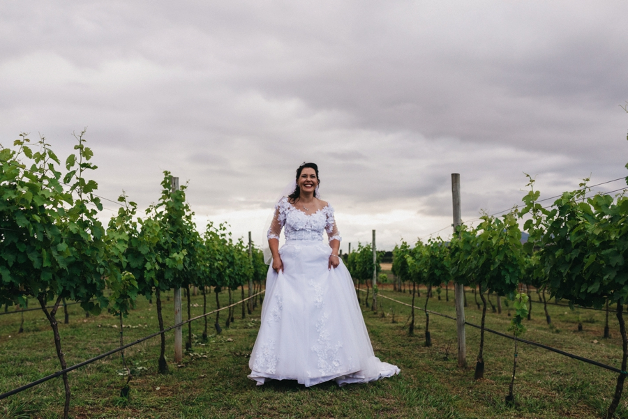 Kate Martens Photography_Carmen&Vernon,Cathederal Peak Wine Estate_0063