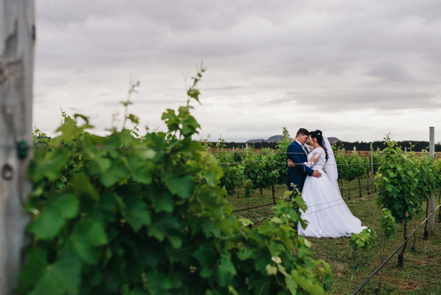 Kate Martens Photography_Carmen&Vernon,Cathederal Peak Wine Estate_0064