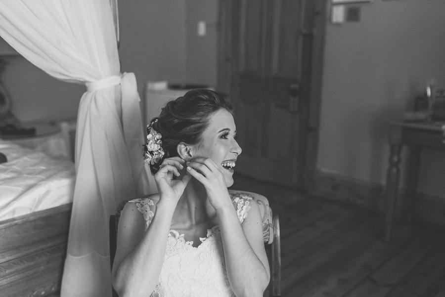 kate-martens-photography-gb-salmond-wedding_calderwoodhall_0108